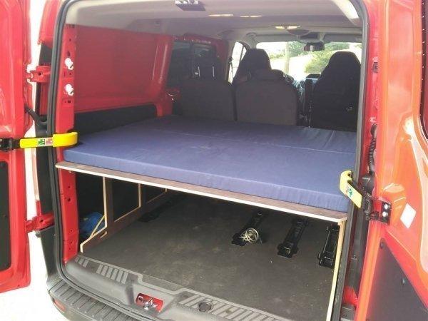 Camporan - Cama para Ford Custom con colchón plegable